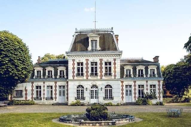 Chateau a louer en france