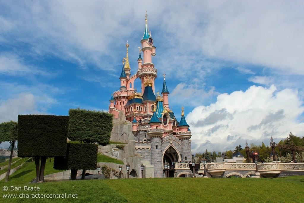 Chateau belle aux bois dormant chateau u montellier - Chateau la belle au bois dormant ...