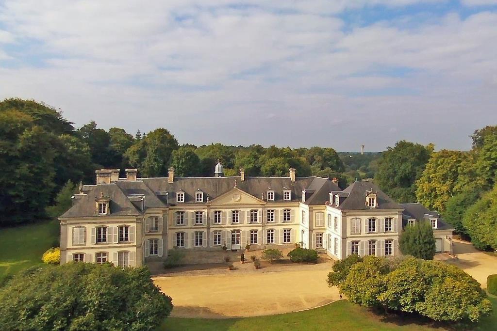 Chateaux En Vente En France Chateau U Montellier