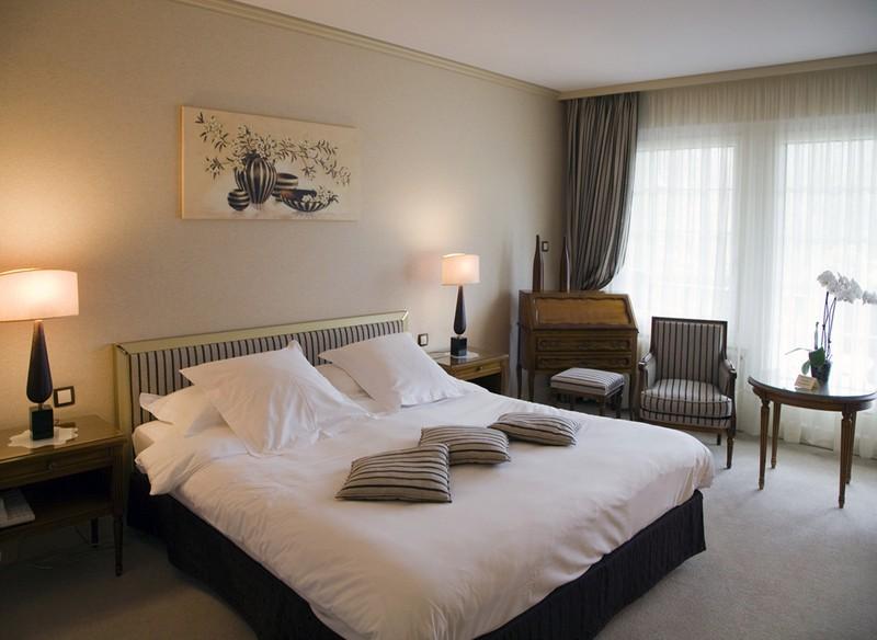 relais et chateaux pas cher chateau u montellier. Black Bedroom Furniture Sets. Home Design Ideas
