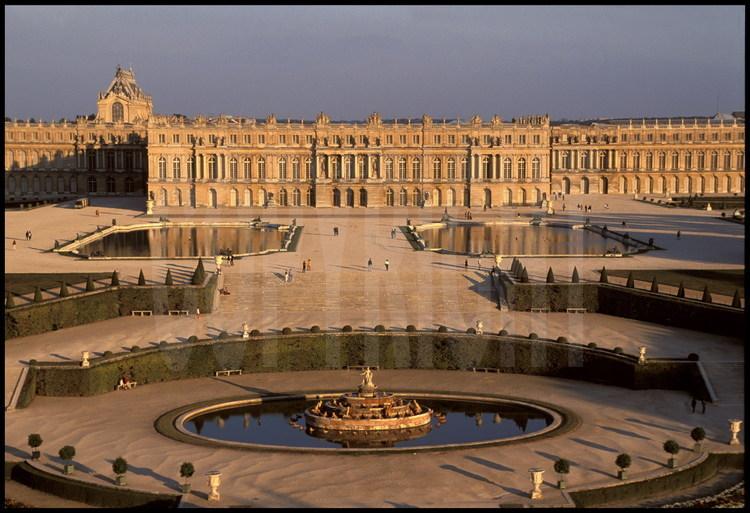 Photos chateau de versailles imprimer chateau u montellier - Image de chateau a imprimer ...