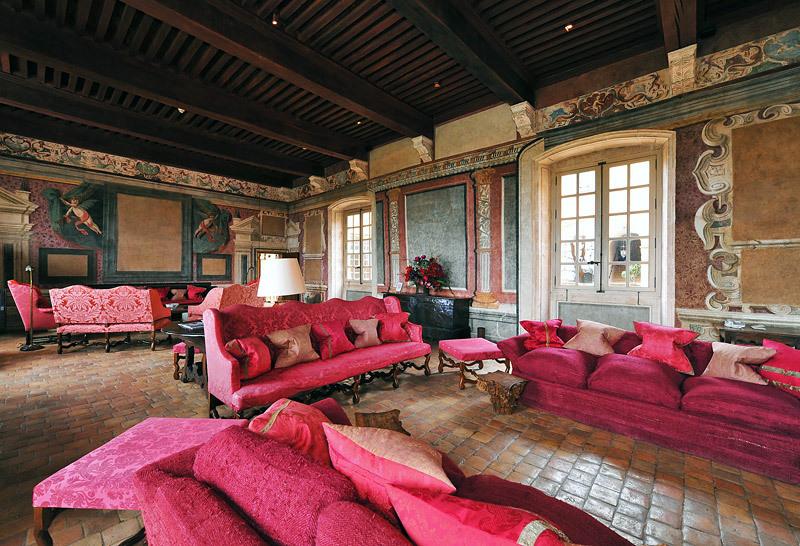 Chateau beaujolais hotel