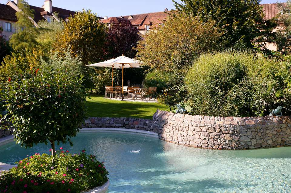 Hotels bourgogne avec piscine chateau u montellier - Hotels vaison la romaine avec piscine ...