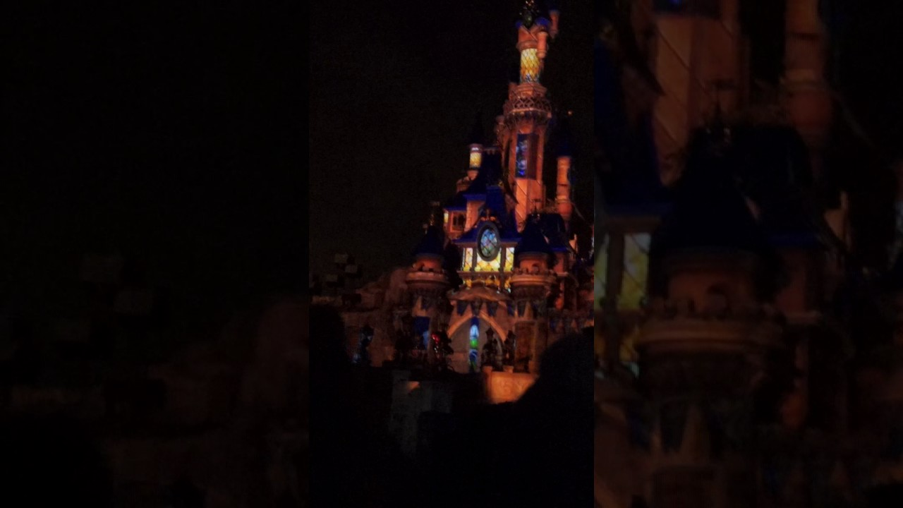 Disney spectacle chateau