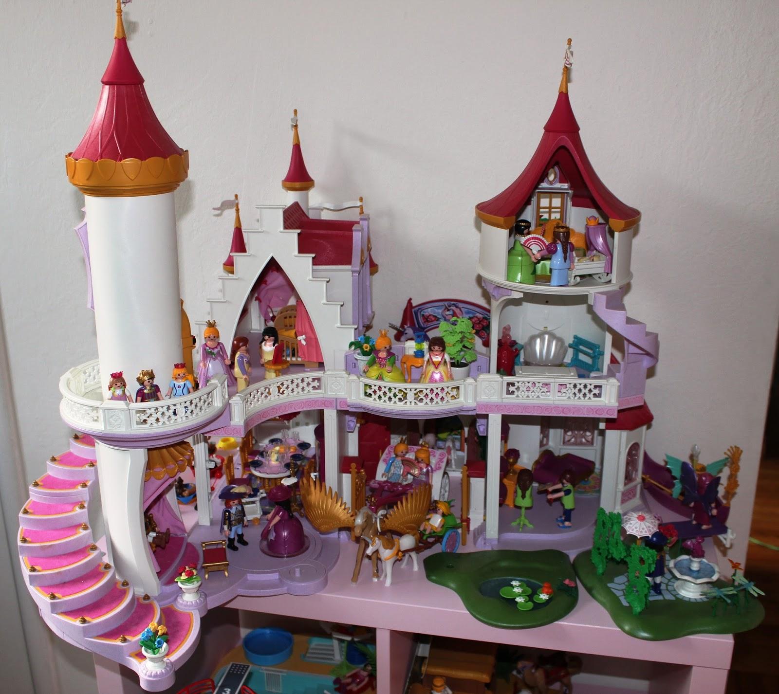 Le château de playmobil
