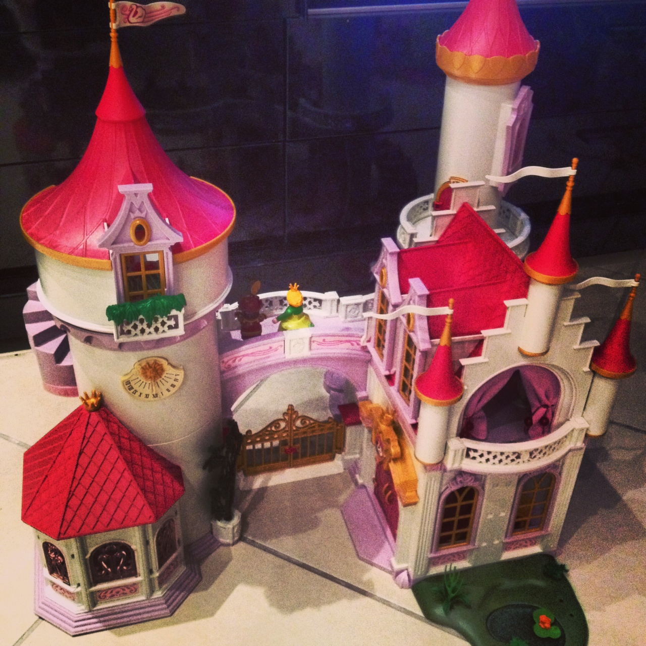 Playmobil chateau princesse occasion